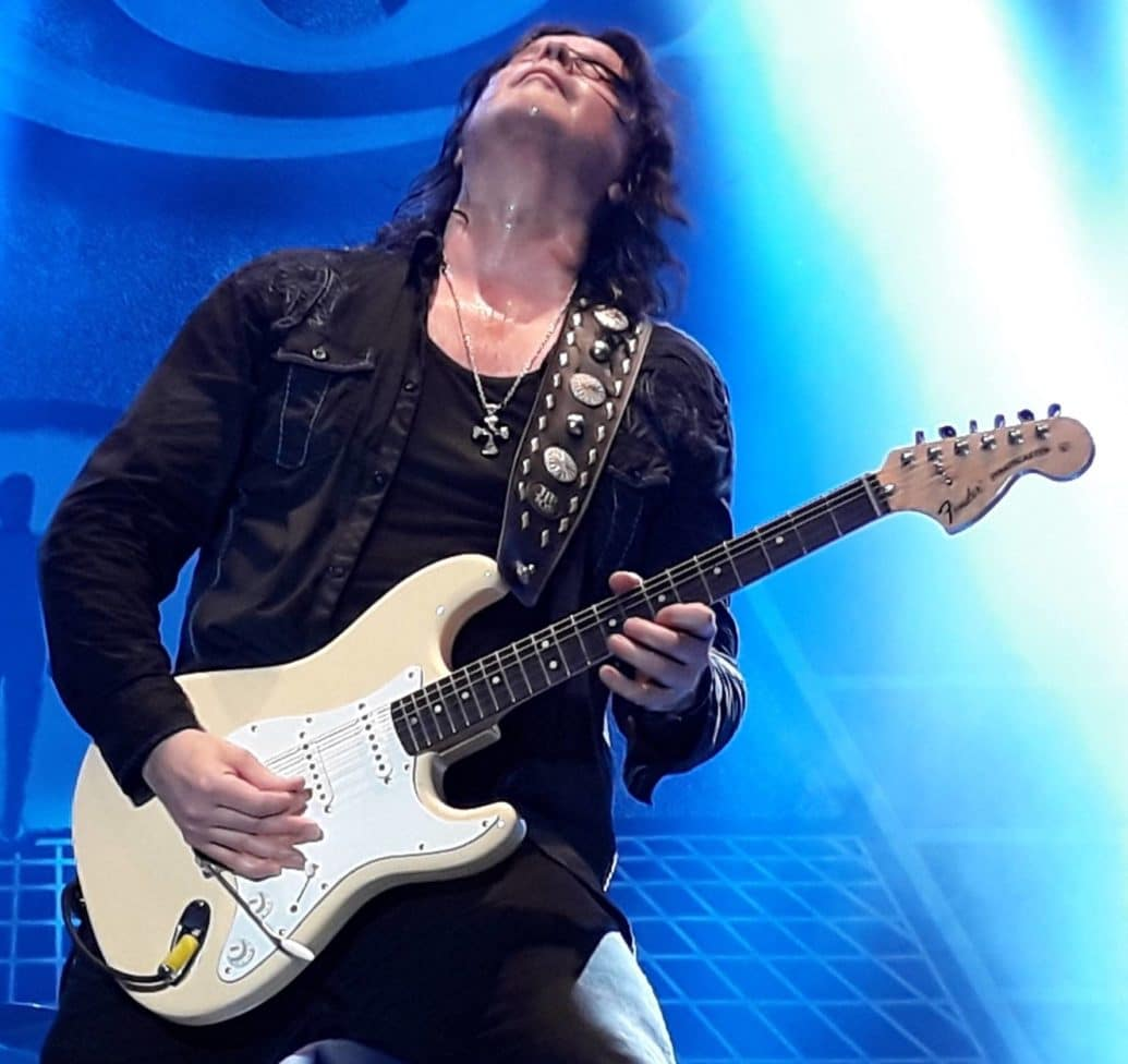 JOHN NORUM official